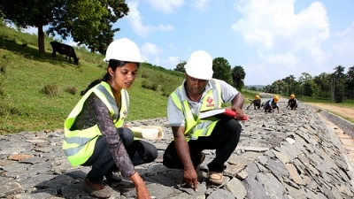 Reducing Costs and Improving Maintenance of Sri Lanka's Roads