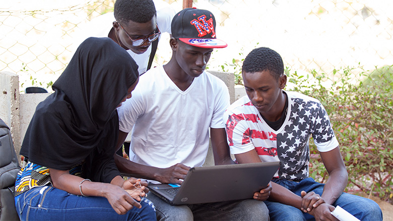 #Blog4Dev: How Would You Boost #Opportunities4Youth in Kenya, Rwanda or Uganda?