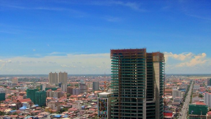 Clear Skies: Cambodia Economic Update, October 2014
