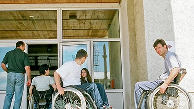 &#80&#101&#111&#112&#108&#101&#32&#119&#105&#116&#104&#32&#100&#105&#115&#97&#98&#105&#108&#105&#116&#105&#101&#115&#32&#101&#110&#116&#101&#114&#105&#110&#103&#32&#97&#32&#98&#117&#105&#108&#100&#105&#110&#103
