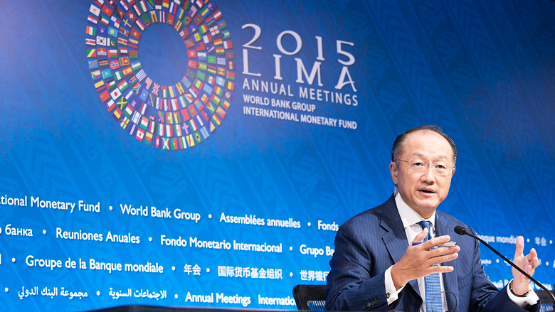WBG President at Press Conference in Lima © Simone McCourtie
