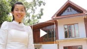 Young entrepreneurs in Laos share their i...
