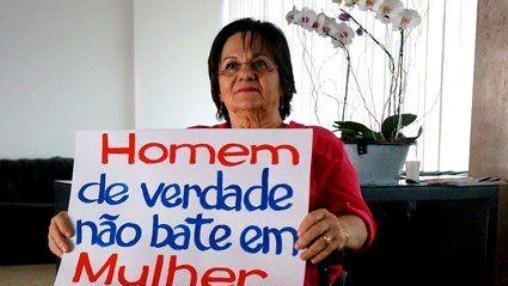 Maria da Penha Fernandes, inspiradora da principal lei brasileira contra a violência de gênero, participa da campanha 'Homem de Verdade não Bate em Mulher'. Foto: Banco Mundial.
