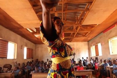 &#72&#111&#119&#32&#67&#97&#109&#101&#114&#111&#111&#110&#32&#70&#105&#120&#101&#100&#32&#105&#116&#115&#32&#83&#99&#104&#111&#111&#108&#115&#32