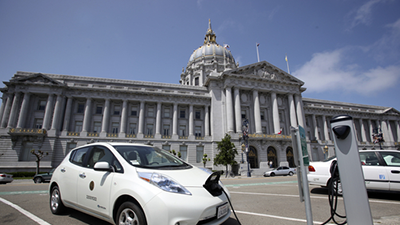 &#65&#110&#32&#101&#108&#101&#99&#116&#114&#105&#99&#32&#99&#97&#114&#32&#99&#104&#97&#114&#103&#105&#110&#103&#32&#115&#116&#97&#116&#105&#111&#110&#32&#105&#110&#32&#102&#114&#111&#110&#116&#32&#111&#102&#32&#83&#97&#110&#32&#70&#114&#97&#110&#99&#105&#115&#99&#111&#32&#67&#105&#116&#121&#32&#72&#97&#108&#108&#46&#32&#45&#32&#80&#104&#111&#116&#111&#58&#32&#68&#97&#110&#32&#83&#99&#104&#114&#101&#105&#98&#101&#114&#47&#83&#104&#117&#116&#116&#101&#114&#115&#116&#111&#99&#107&#46&#99&#111&#109