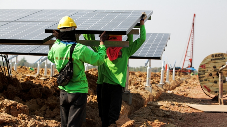 &#66&#117&#105&#108&#100&#105&#110&#103&#32&#115&#111&#108&#97&#114&#32&#102&#97&#114&#109&#115&#32&#105&#110&#32&#84&#104&#97&#105&#108&#97&#110&#100&#46&#32&#73&#70&#67