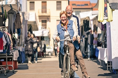 &#69&#108&#100&#101&#114&#108&#121&#32&#99&#111&#117&#112&#108&#101&#32&#111&#110&#32&#98&#105&#99&#121&#99&#108&#101&#44&#32&#69&#117&#114&#111&#112&#101&#46&#32&#80&#104&#111&#116&#111&#58&#32&#86&#105&#101&#119&#32&#65&#112&#97&#114&#116&#32&#47&#32&#83&#104&#117&#116&#116&#101&#114&#115&#116&#111&#99&#107