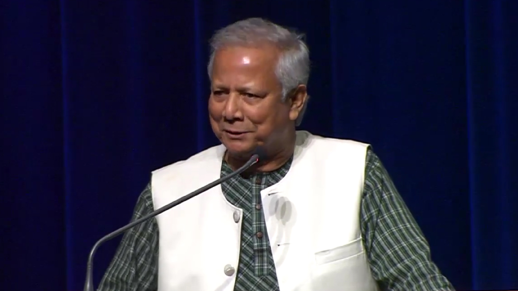 Grameen Bank Founder Has Tips for Entrepreneurs