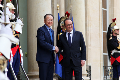 &#87&#111&#114&#108&#100&#32&#66&#97&#110&#107&#32&#71&#114&#111&#117&#112&#32&#80&#114&#101&#115&#105&#100&#101&#110&#116&#32&#74&#105&#109&#32&#89&#111&#110&#103&#32&#75&#105&#109&#32&#97&#110&#100&#32&#70&#114&#101&#110&#99&#104&#32&#80&#114&#101&#115&#105&#100&#101&#110&#116&#32&#70&#114&#97&#110&#99&#111&#105&#115&#32&#72&#111&#108&#108&#97&#110&#100&#101&#32&#77&#101&#101&#116&#32&#105&#110&#32&#80&#97&#114&#105&#115&#46&#32&#80&#104&#111&#116&#111&#58&#32&#73&#98&#114&#97&#104&#105&#109&#32&#65&#106&#97&#106&#97&#47&#87&#111&#114&#108&#100&#32&#66&#97&#110&#107