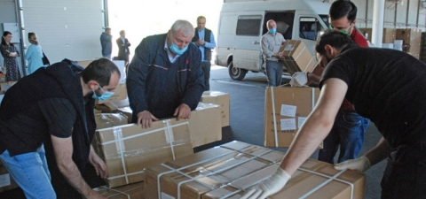 New COVID-19 test kits, purchased with World Bank support, arrive in Georgia. Photo: © World Bank