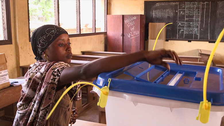 Central Africa Republic: Voters Brave Violence to Leave their Mark