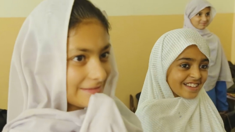 Displaced Children Go Back to School In Pakistan
