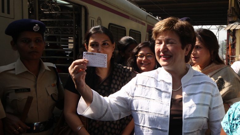 World Bank CEO Kristalina Georgieva holds a suburban train ticket before boarding the ladies compartment at Churchgate station. © World Bank