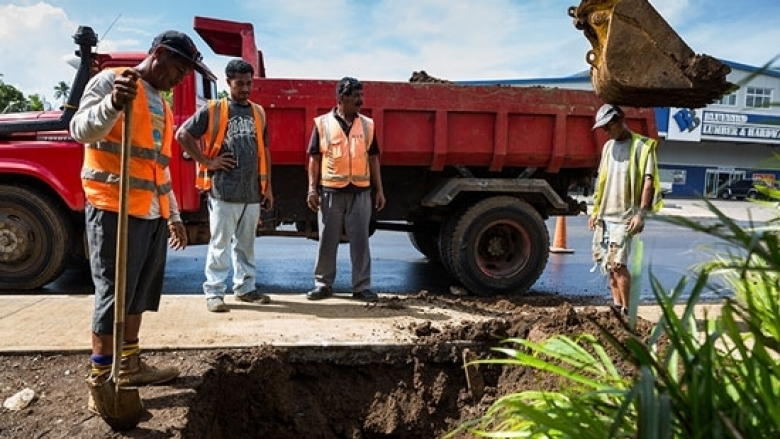 Strengthening Samoa's roads against climate change