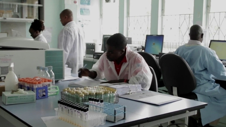 Photo: East Africa Lab Network, © World Bank