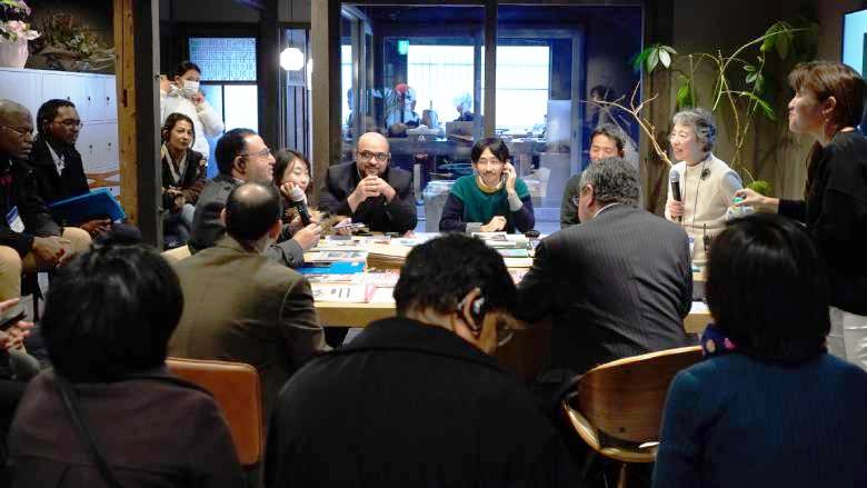 TDD participants discussing with speakers from Kyoto at Creative Cities TDD